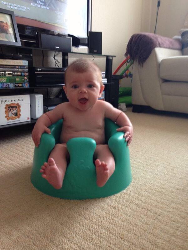 what age can baby go in bumbo chair
