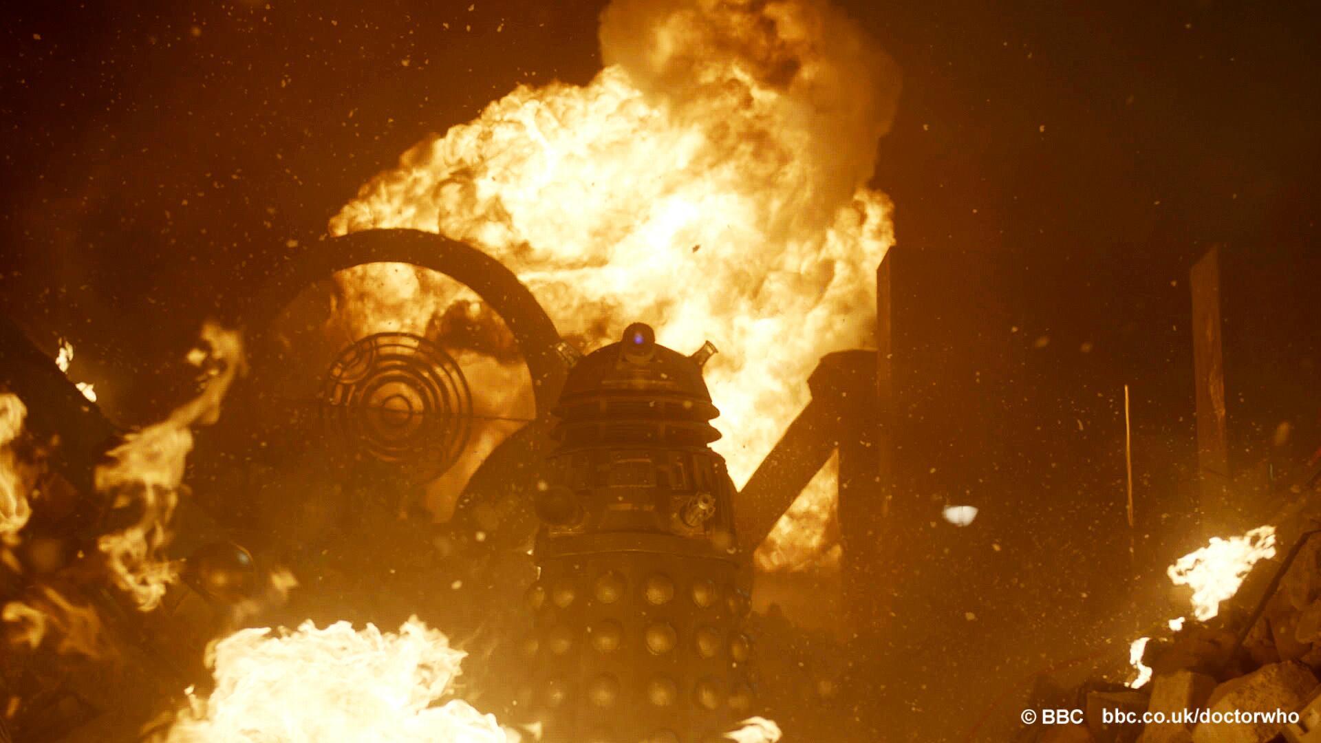 Doctor Who - Page 5 BPvBDA_CUAANa8c
