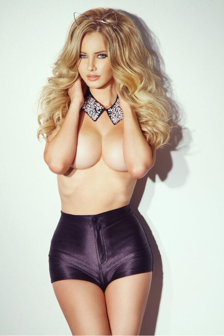 Photo by my fav @geaimages hair and makeup @JessicaVaugn @ShopLoveTifftot #ModelMonday http://t.co/7