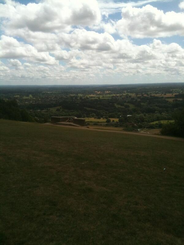 Matt: Another beautiful sight from #RideLondon100 route: the view from the top of Box Hill in Surrey http://pic.twitter.com/yEWk0Z6OHa