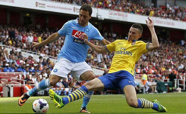 Arsenal DID agree terms with Higuain, put deal on hold to chase Luis Suarez [BBC]