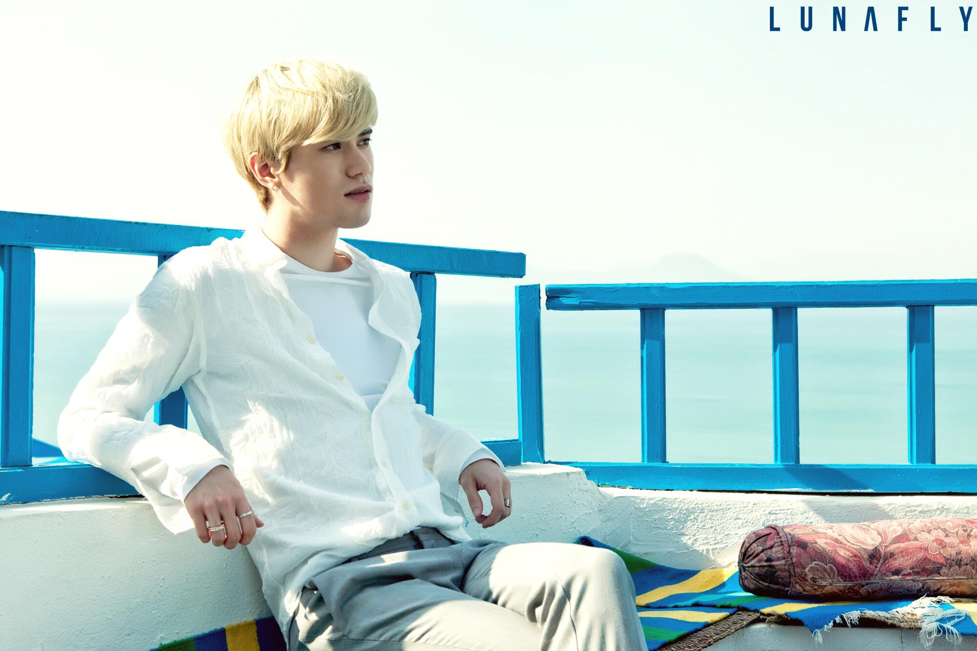 RT @officialLUNAFLY: [Photo]SAM's Official photo 1 http://t.co/yWWYHgya0n