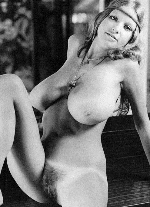 Vintage Big Nipples 85