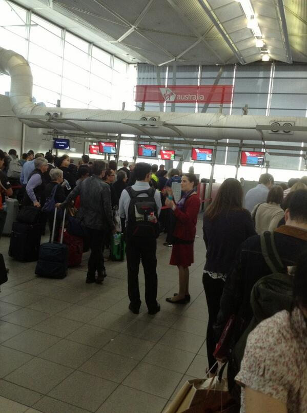 The staff are doing a great job @VirginAustralia  @SydneyAirport  @Burjo888 some flights canceled pic.twitter.com/SCDGdJ0Ca3