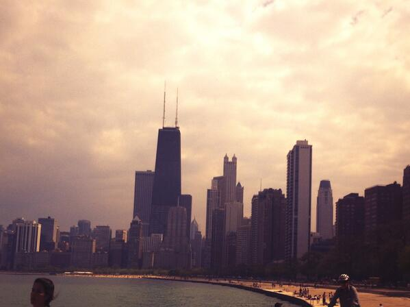 #CityLifeObservations #ChiCity pic.twitter.com/4duNrlmY3P