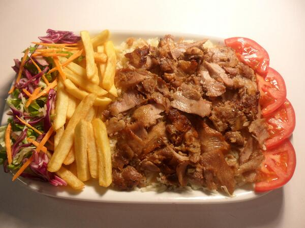 Turkish Kebab House On Twitter Tabakta Tavuk Doner Kebabi Our Specialty Chicken Doner Kebab In The Plate Http T Co Yez1deawut