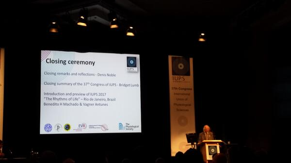 Closing ceremony of IUPS. The end of a great conference. Well done to everyone who helped. #iups2013 @ThePhySoc pic.twitter.com/Do9rpvw46h