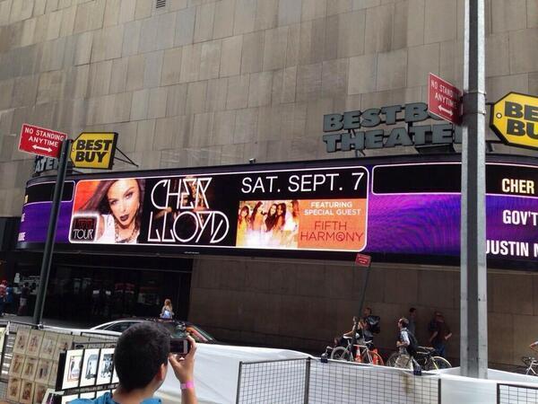 Gira ⇨ Neon Lights Tour (Demi Lovato) / Tour 2014 BQHfHUxCEAEQ4GZ