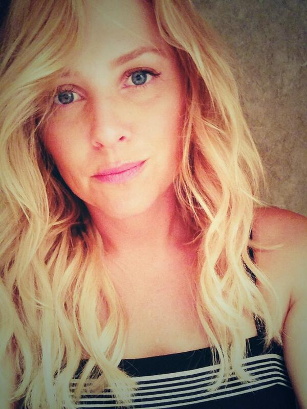 Jessica Capshaw On Twitter Remember When I Cut My Hair Short Over