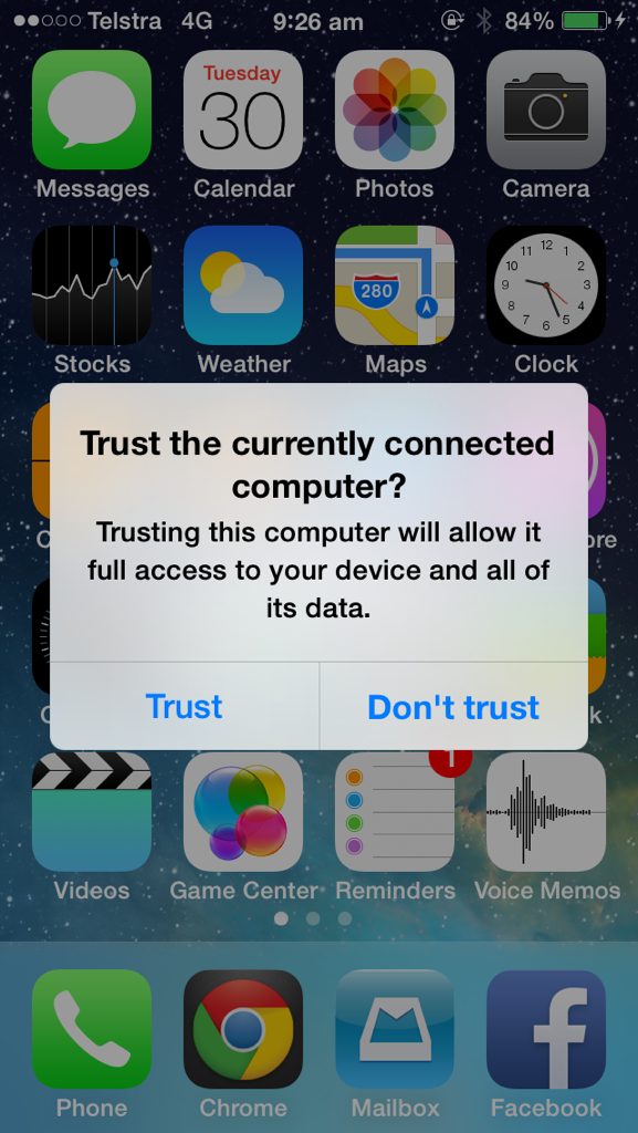 """Wow this is a new feature""""Trust the currently connected computer."""" It won't even charge until it's trusted #iOS7beta4 http://t.co/Ps02BT5YUr"""