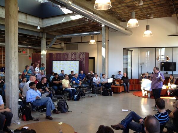 #apicraft 2013 - Day 1 agenda setting pic.twitter.com/bG1DAdCnwa