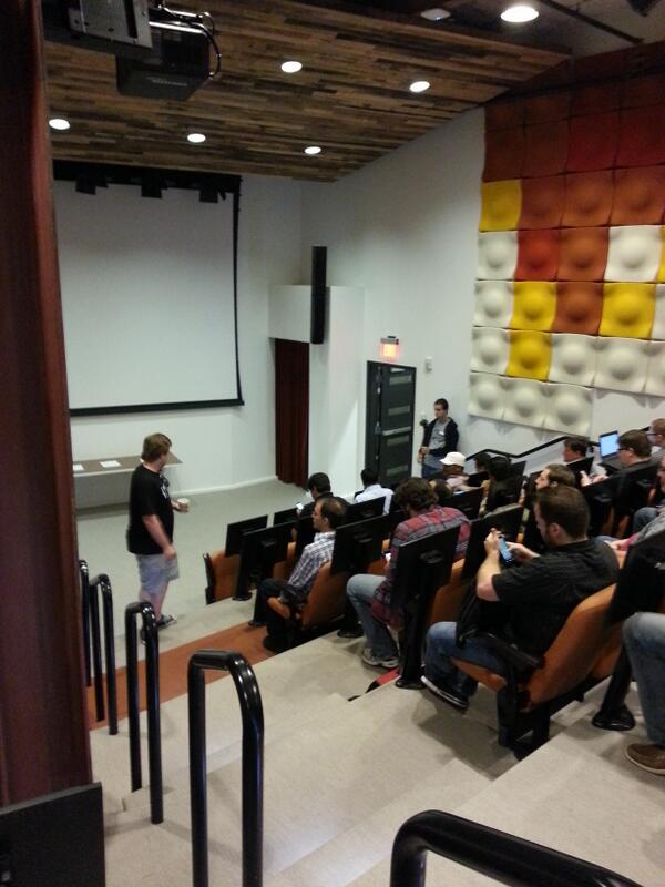 End of day one recap at #apicraft. Pretty amazing day. Smart engaged people talking #APIs. What could be better? pic.twitter.com/hu1wHu9Rxd