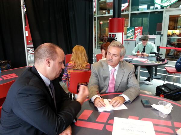 Bill O'Brien talks with @ESPNCFB Insider @McMurphyESPN. #ESPNB1G pic.twitter.com/dfjaFt9AQF