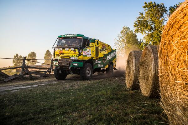Hungarian Baja 2013 started yesterday and we have 1st place in Trucks and 3rd in Motorbikes. http://t.co/P3Sq9M795N