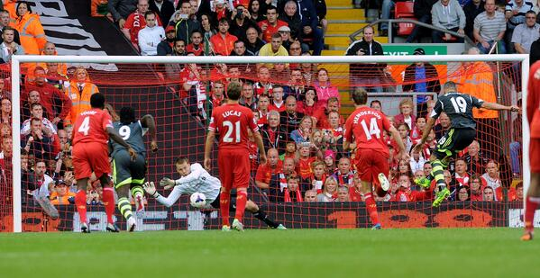 Fan Footage: Simon Mignolets match winning penalty save for Liverpool v Stoke