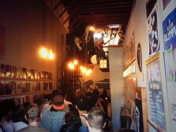 Tony Molina in the @OrigamiVinyl loft #echoparkrising pic.twitter.com/N9PB7LZMw2