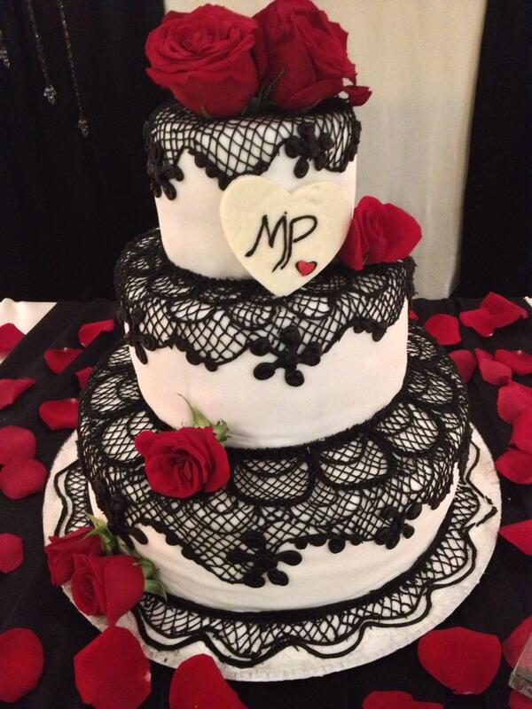 BCC Banquet Hall On Twitter Black Lace Wedding Cake Tco PnC5OKlh5r