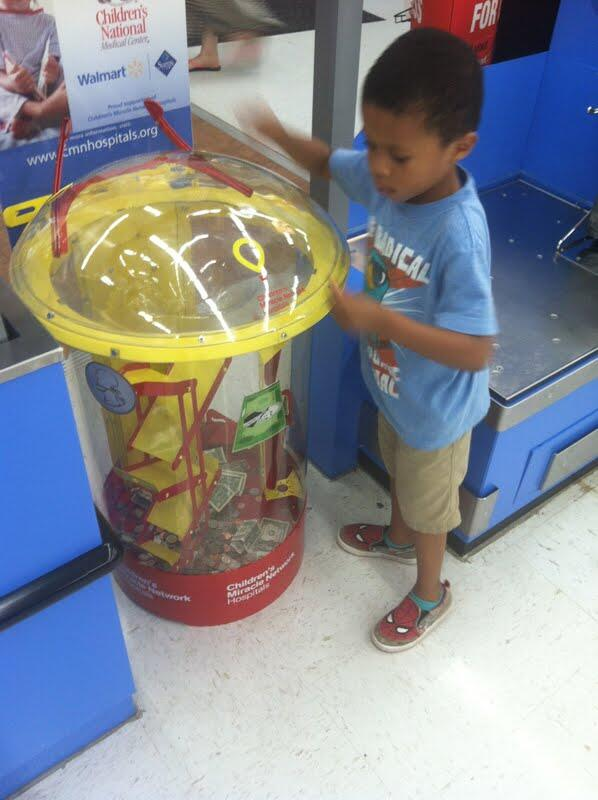 Sweet! @BlkGivesBack: My 4 y.o. nephew donating to Children's Miracle Network - #giving back starts early! #BPM2013 pic.twitter.com/7Zwe4sZ9FH