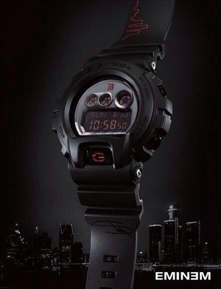 The big reveal! Check out the new G-Shock watch made exclusively for @Eminem #stw2013 pic.twitter.com/6VULbRNeRH