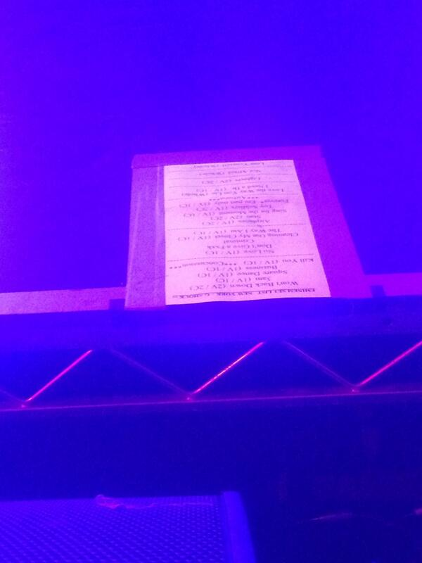 So close I can literally read his set list #Eminem #GShock #STW2013 pic.twitter.com/Yg0jcZRnSj