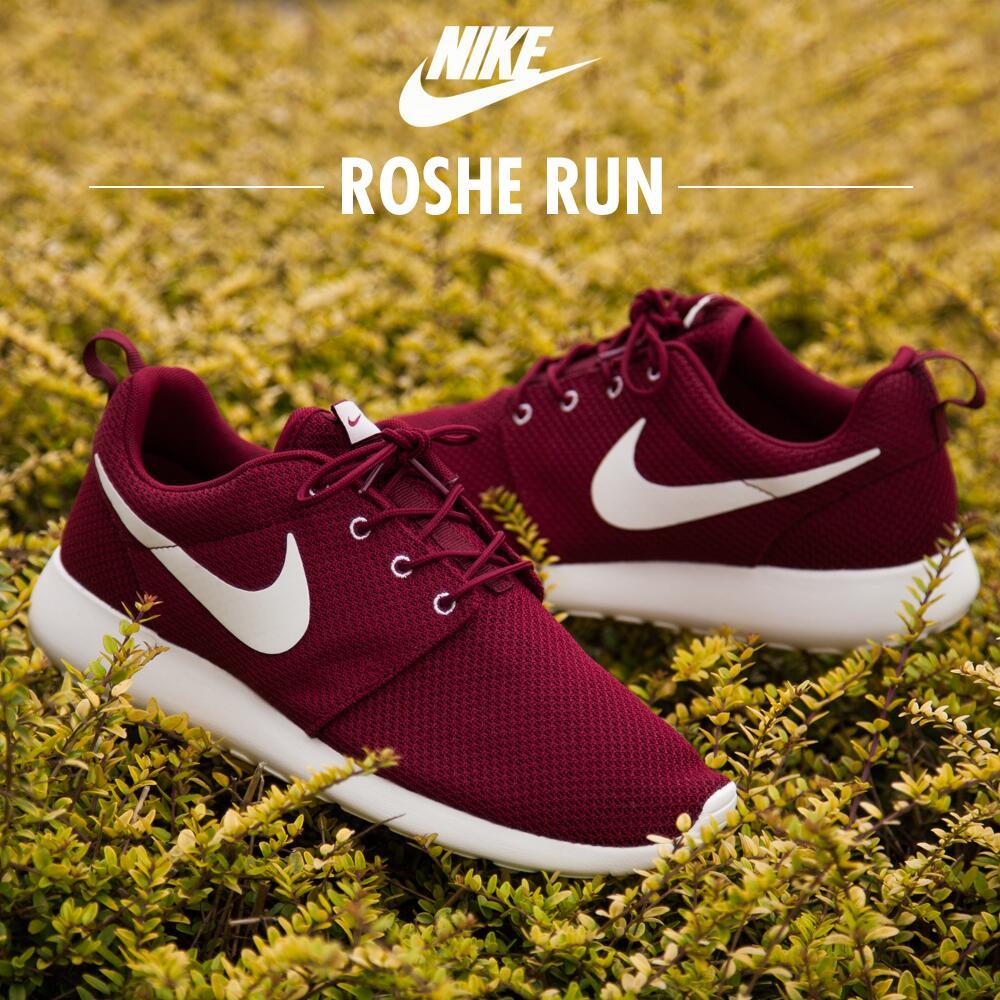 Nike Équipe Roshe Rouge Reconstitution Des Stocks