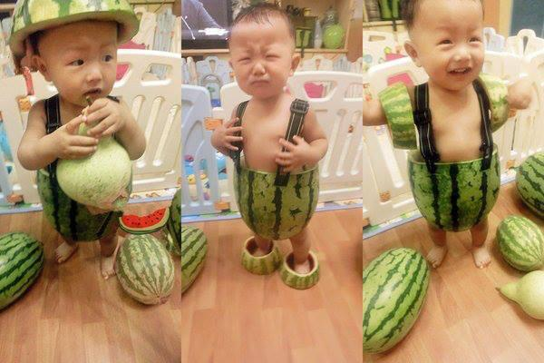 This baby just gets it, y'know? RT @nowthisnews: Just a pic of a bb wearing #watermelon overalls. h/t @JulianxBrand pic.twitter.com/4g0p1It3FU