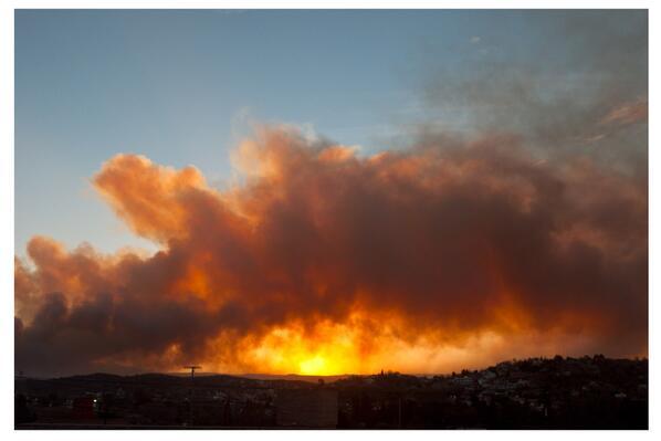 Incendio en villa carlos paz @AlexiisVelez @FioreArse21 @afc_flor @JuliClavero pic.twitter.com/1JC6RQxBfi