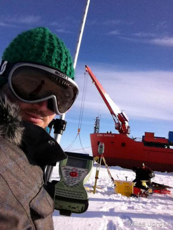 I've had lots of ops to be involved in a science projects, like providing assistance with surveying. #natsciwk pic.twitter.com/yHCnynLa6X