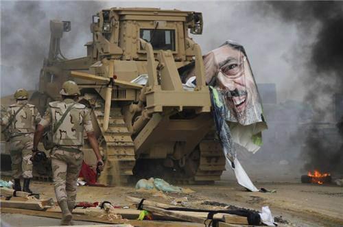 Morsy removed by army #Egypt http://pic.twitter.com/4oie8UzzyF