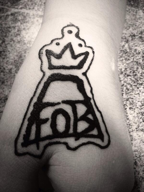 Haylee Beaton On Twitter Fall Out Boy Henna Tattoo Falloutboy