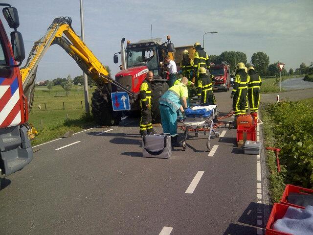Zwaargewonde door ongeluk met tractor