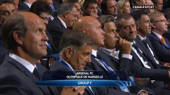 [Ligue des Champions 2013/2014] L'OM avec Arsenal, Dortmund et Naples - Page 2 BS2U4LdCQAAFRbG