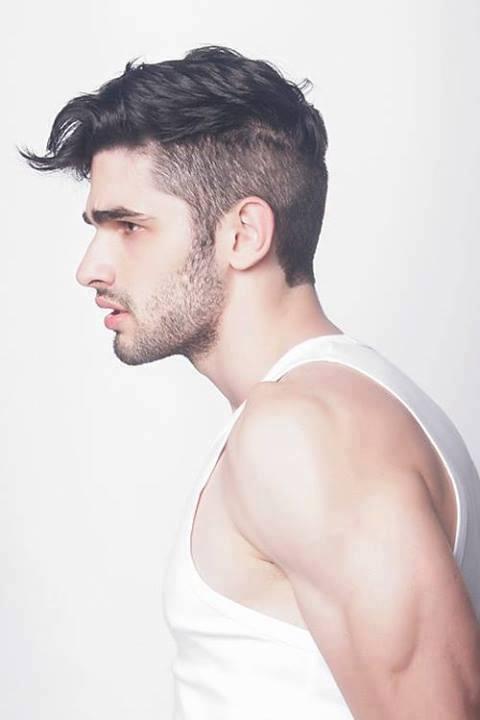 Corte de pelo rapado y largo arriba