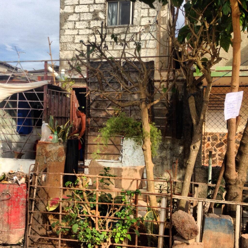 La Cuba 'cruda' de Yusnaby BS83vLyIQAAbDHr