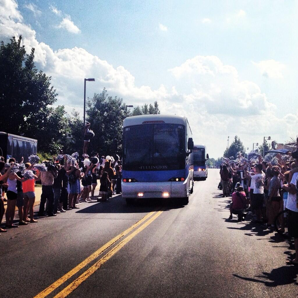 Twitter / penn_state: Fans line Curtin Road to send ...