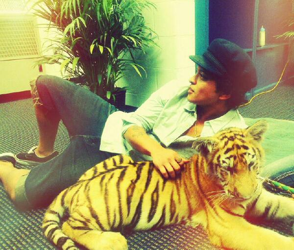 If I were to ever have a cologne line for men it would be called Tiger Musk. http://t.co/0QAvKMdBER