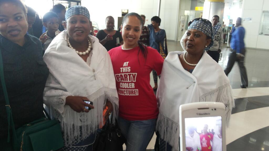 Feza Kessy ndani ya Botswana, HAYA NDIO MAPOKEZI ALIYOYAPATA UKO