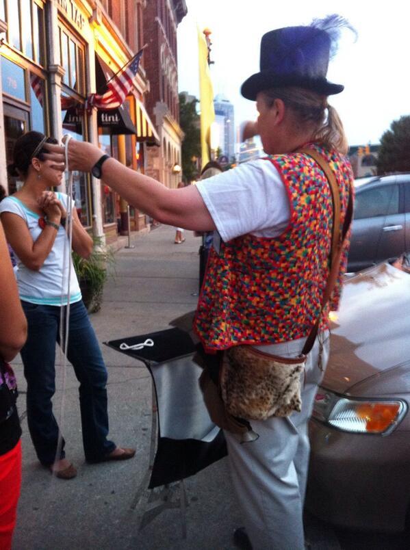 Impromptu #Fringe13 magic show! http://twitter.com/KarenWoodsHurt/status/369981634621095937/photo/1