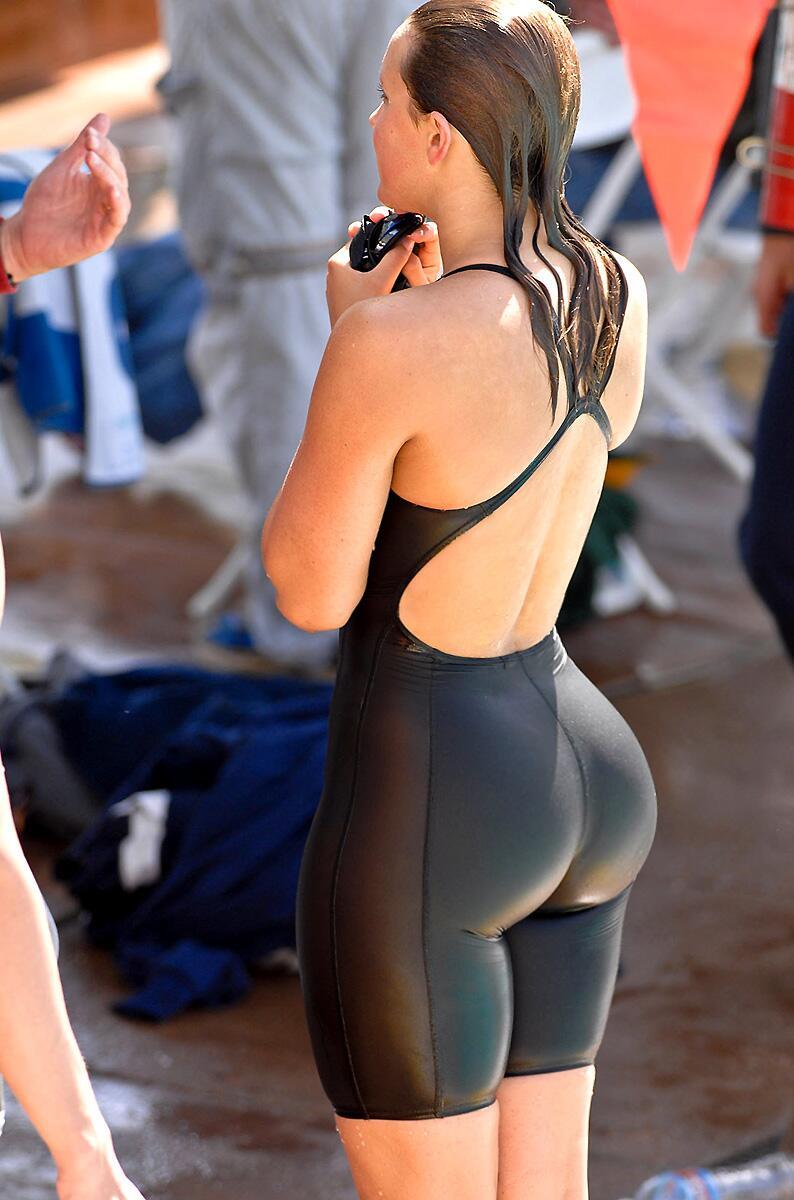 Swimmer Ass 21