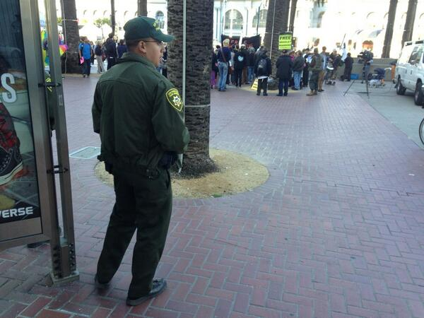 A #SanFrancisco park ranger watches #BradleyManning sentencing protest at foot of Market Street http://twitter.com/allaboutgeorge/status/370344620812558336/photo/1