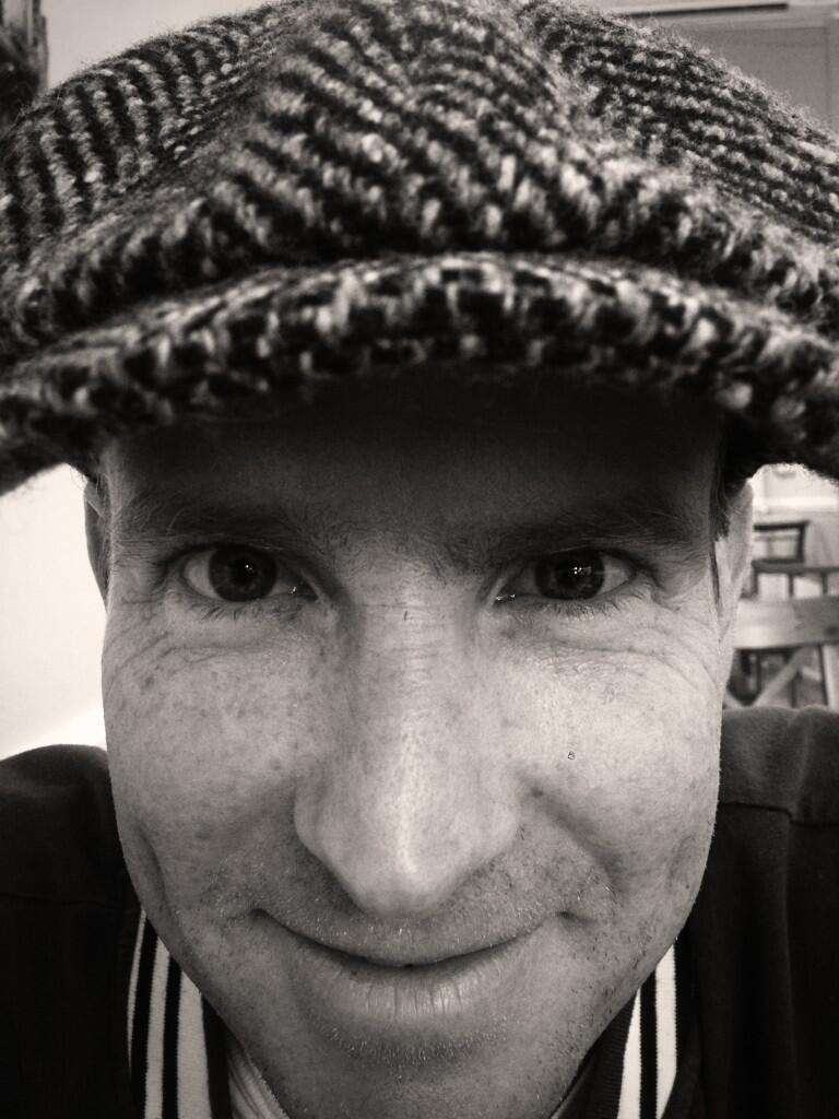 RT @Harry_Styles: Hi pal. http://t.co/7O2kg9DpJG