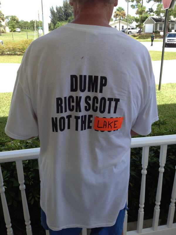 This guy couldn't bring a sign in to #IndianRiverLagoon hearing so he wore a shirt. http://twitter.com/TCPalmEPfahler/status/370586832062279680/photo/1