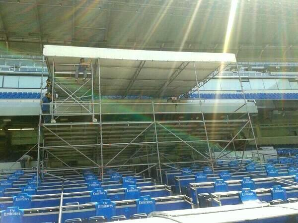 {Pictures} Real Madrid preparing stage for Tuesdays presentation of Gareth Bale [AS]