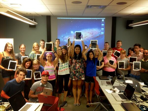 Let's hear O-H-I-O for @ohiostate #osucomm2221 & @DigitalFirstOSU as we embark on our iPad adventure! http://twitter.com/Nicole_Kraft/status/371058979356426240/photo/1
