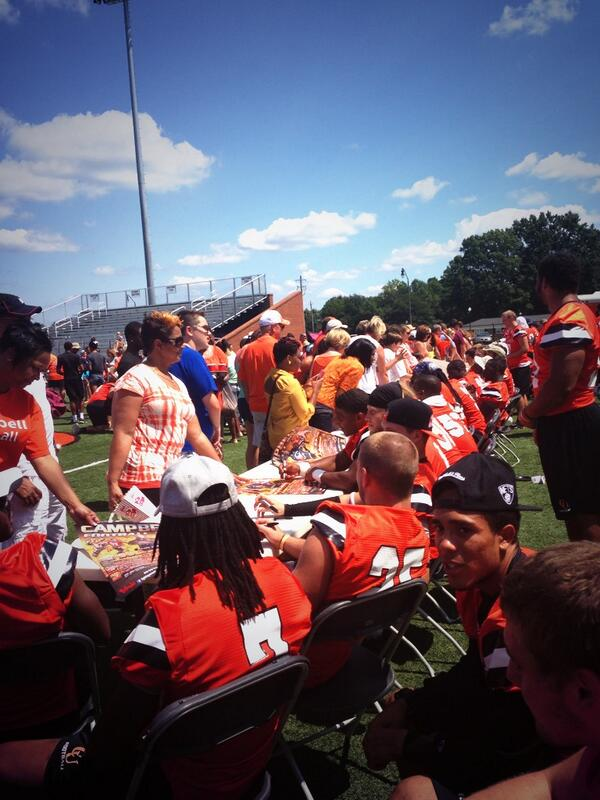 Great autograph signing session after @GoCamelsFB #FANFEST! We'll see you September 7th for the home opener!! http://twitter.com/Camel_Crazies/status/371326540728262656/photo/1