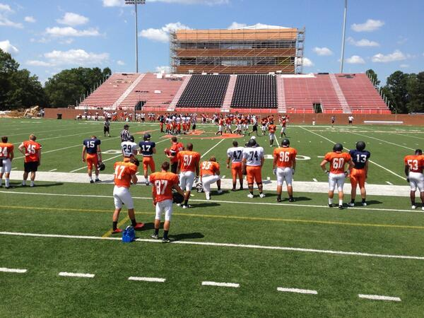 It's a beautiful day for a football scrimmage!!! @GoCamels @GoCamelsFB #campbelluniversity http://twitter.com/CUAdmissions/status/371314003466678273/photo/1