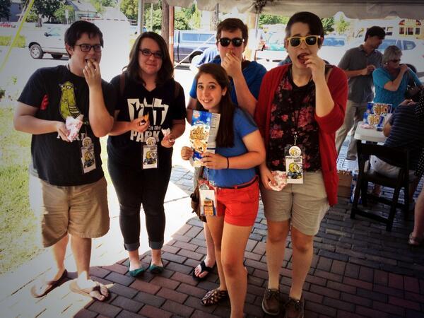 Eating muffins before 'Going, Going, Gone!' #fringe13 http://twitter.com/lediamedia/status/371705139813298176/photo/1