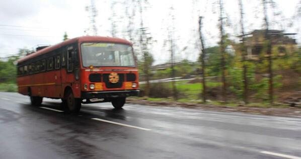 A1: Best way to see #Mumbai Cheaply...Board a State Transport Bus also known as #LalDabba :-) #TravelIndia http://twitter.com/ashish0712/status/372030543027650561/photo/1
