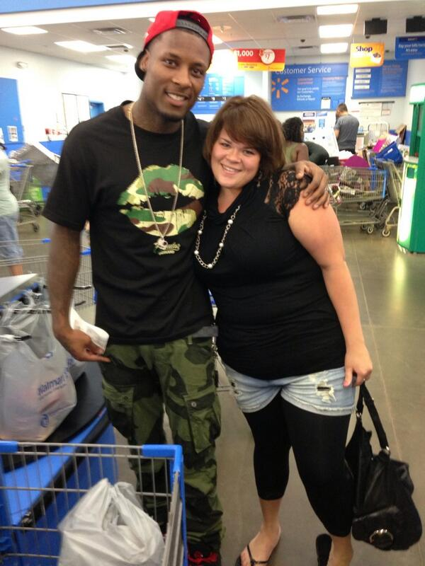 Thumbnail for Buffalo Bills' Stevie Johnson pays it forward