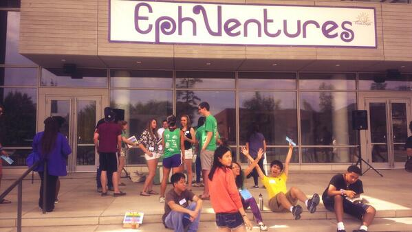 #NewEphs signing up for EphVentures @StudentInvolve. Don't forget to sign up! http://twitter.com/StudentCenters/status/372786216477130752/photo/1